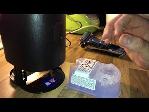 Braun Series 9 Clean & Charge Reinigungsstation benutzen Laden und Inbetriebnahme Anleitung