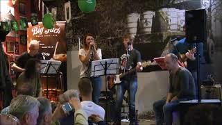 Video Sousedi - Bílá Jawa 250 Live 2018 Big Jack Ostrava