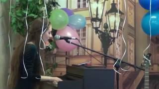 """Кавер на песню""""Get Lucky """" (Daft Punk )- дуэт (вокал под гитару, фортепиано)!"""