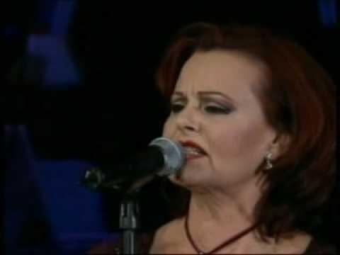 Vestida De Blanco (Concierto) - Rocio Durcal (Video)