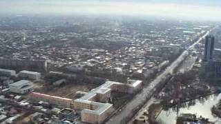 preview picture of video 'Tashkent TV Tower - view from 220 metres above the ground'