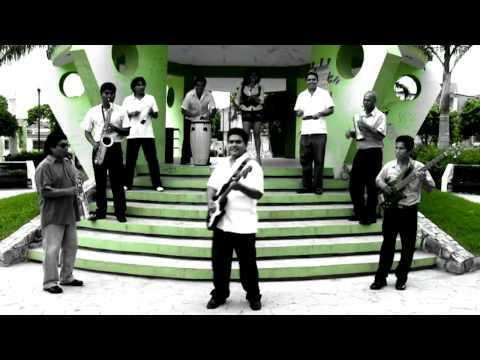 El Negro Pachanguero - Mike y Su Corazón