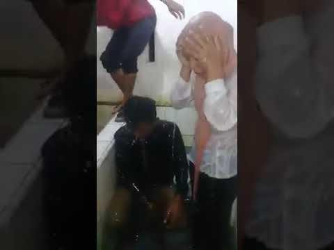 Video lucu kenak tangkap basah