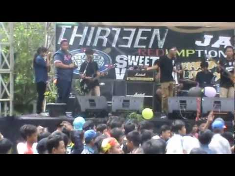 FIRST SON Perform At SMPN 129 Jakarta Utara