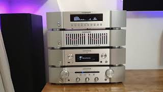 AK2515 VFD Music Audio Spectrum And Yamaha EQ-70 Stereo Equalizer In Marantz St 6003 Case DIY