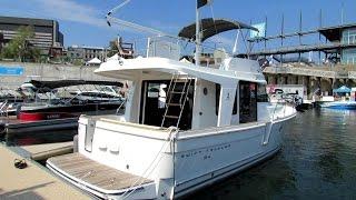 2014 Beneteau Swift Trawler 34 Motor Boat - Exterior, Interior Walkaround - 2014 Montreal Boat Show