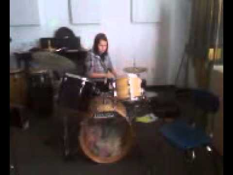 becky drum solo.3GP