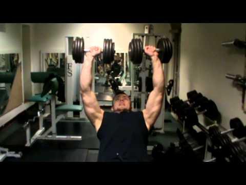 Ćwiczenia mięśni czworoboczny pleców w domu