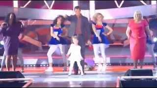 Песня года 2014 Стас Костюшкин и маленькая девочка
