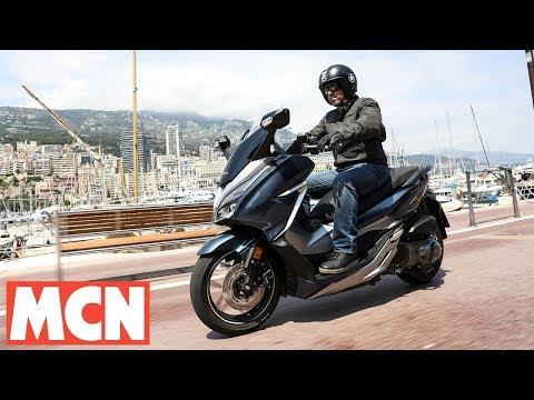 Honda Forza 300 & 125 | Scooter Test | Motorcyclenews.com