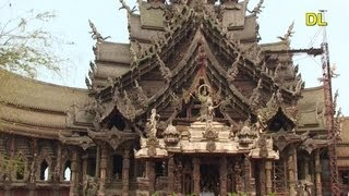 preview picture of video 'Thailand - Pattaya / Naklua - Sanctuary of Truth Teak Wood Temple'