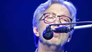 Wonderful Tonight (acoustic)- Eric Clapton - Pittsburgh 2013