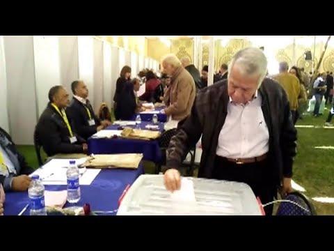 حسن حمدي يدلي بصوته في انتخابات نادي الجزيرة