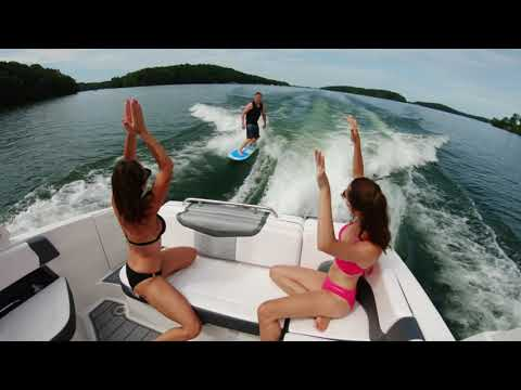Chaparral 30 Surf video