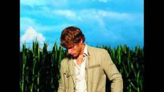 Jon McLaughlin - Amelia's missing