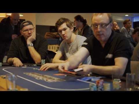 Pokertoernooi op zondagmiddag bij café AtDronten