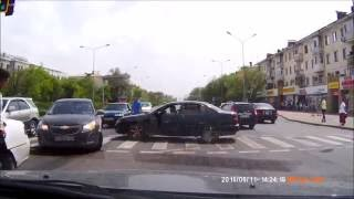 Car crash | Car accident (Dashcam) June 2016 #143 ДТП. 11.06.16. Астана (Kazakhstan)