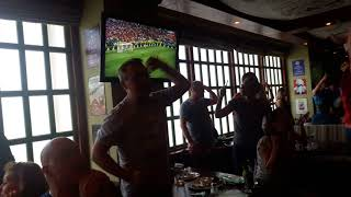 Испания - Россия. Серия пенальти. Акинфеев красавчик! Смотрим футбол в баре.