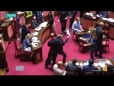 Il video online su lizbiyanki sesso