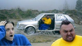 Bosanske seljačine uništile Golf 2