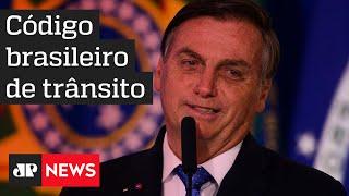 Bolsonaro sanciona lei que altera regras de trânsito