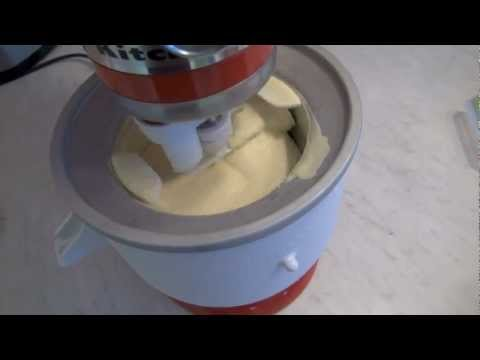 Video kitchenaid stand mixer icecream, first try