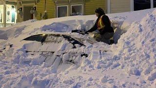 Канаду засипало снігом (відео)