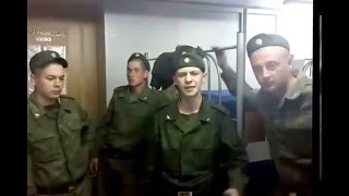 Солдат душевно читает реп про армию