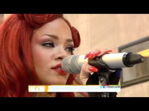 Rihanna performs California King Bed LIVE! on Today Show