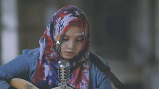 TRACY CHAPMAN - GIVE ME ONE REASON  COVER By ATHIRA FAJRINA