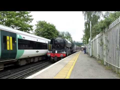 60103 'Flying Scotsman' passes Merstham on the Cathedrals Ex…