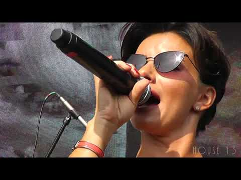 Julia Volkova - Полчаса / 30 Минут / 30 Minutes (Live) (09.09.2018)