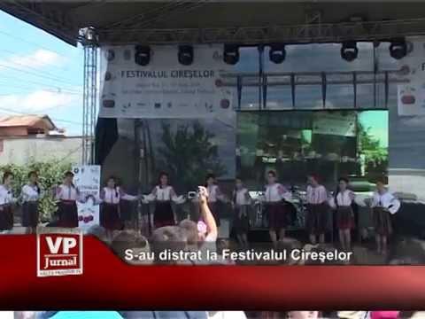 S-au distrat la Festivalul Cireşelor