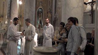 Трогательный  до слез и комка в горле обряд крещения в Католической Церкви  Bautismo catolico