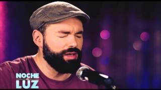 Santiago Cruz -  No Te Necesito - Performance live en Noche De Luz