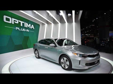 2017 Kia Optima Plug in Hybrid - 2016 Chicago Auto Show