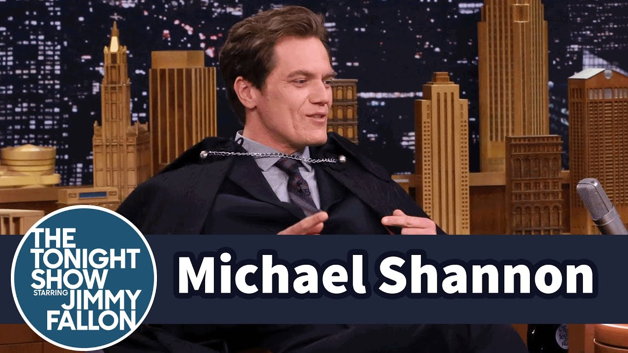 Michael Shannon Shows Off His Elvis Impersonation in a Cape thumbnail