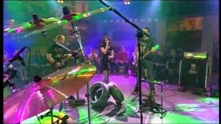 adastra / garaža / bass player