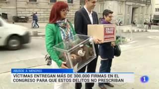 Telediario Televisión española (acto entrega 300.000 firmas en el Congreso)