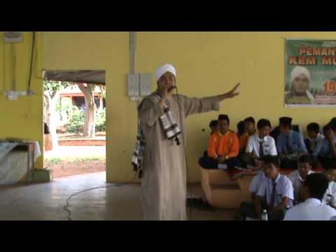 Video: Adam AF2 Beri Tazkirah Kepada Peserta Kem Ibadah
