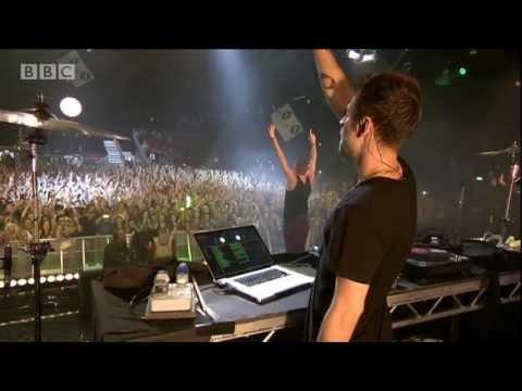 Macklemore Amp Ryan Lewis Cant Hold Us At Radio 1s Big Weekend 2013