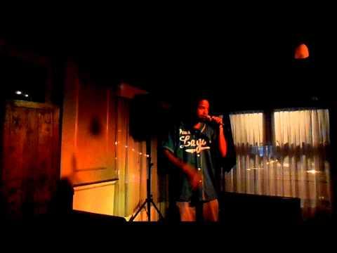 Foxola Live @ BlueFin