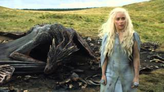 Эмилия Кларк, Game of Thrones Season 5: Episode #10 Clip - Dany is Surrounded (HBO)