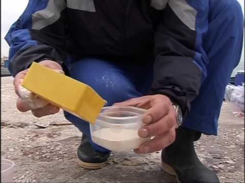 Video di pesca nellinverno di una pertica di picca