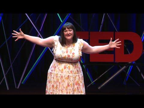 The Simple Art of Spreading Joy | Kelly Krenzel | TEDxFargo