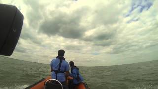 preview picture of video 'Craig Taking our 4.8m RIB Intercept out to sea near Sheerness'