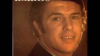 """Video thumbnail of """"Adamo - Les gratte-ciel (1968) [Version Originale]"""""""