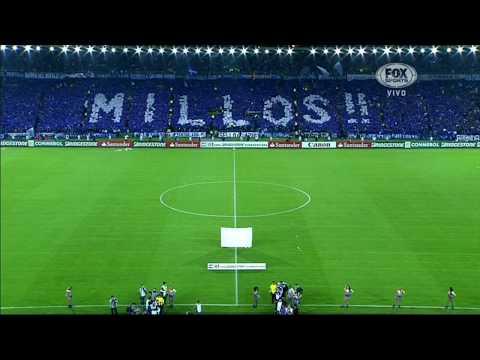 """""""La gran hinchada de Millonarios en todo lado."""" Barra: Blue Rain • Club: Millonarios"""