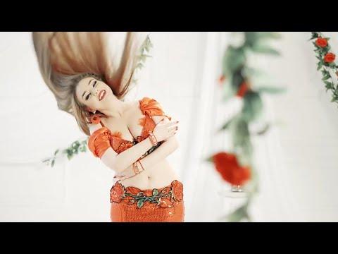 Ориенталски танц на Невена Тачева - дръм соло