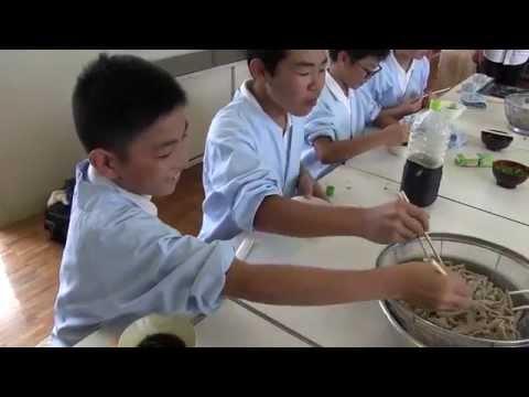 種子島の学校活動:上西小学校そば打ち体験学習ダイジェスト